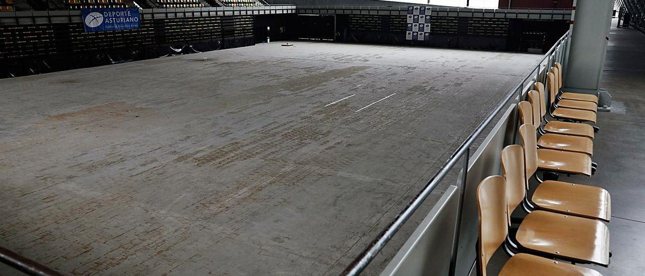 La pista del centro deportivo Juan Carlos Beiro. | Juan Plaza