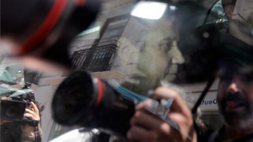 Zaplana, detenido por la Guardia Civil