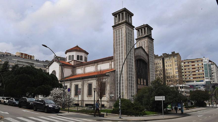 La Iglesia puso a su nombre durante 17 años más de 600 propiedades en el área coruñesa