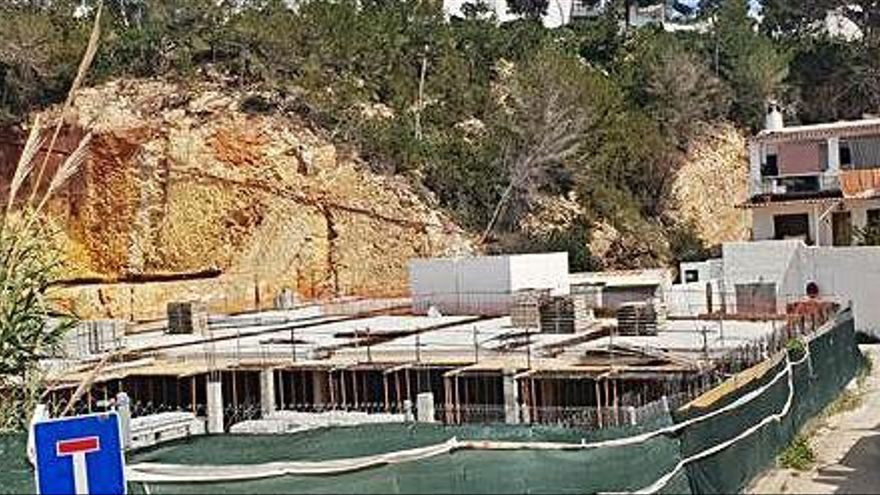 Sant Josep detecta obras que no se pueden legalizar en un 'beach club' de Cala Vedella