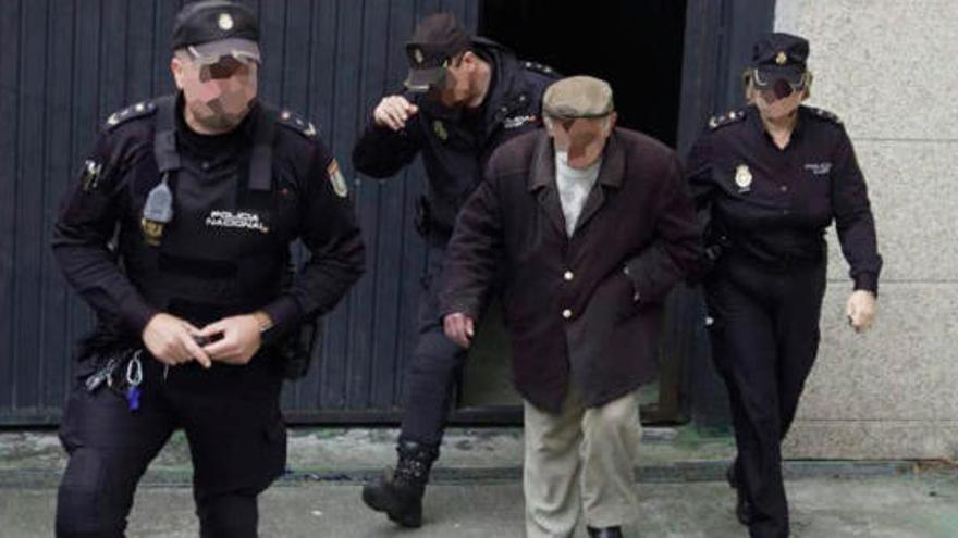 L'ancià que ratlla cotxes a Vigo, internat per a una nova avaluació psiquiàtrica