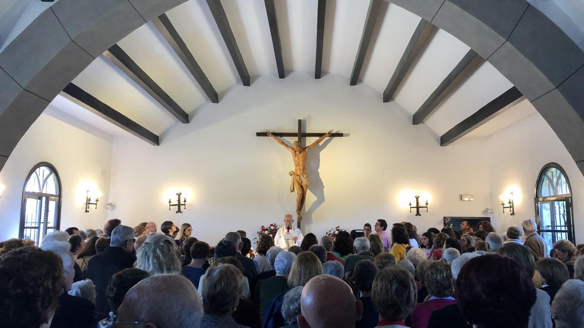 Celebración de la misa del Cristo de la Vida, en su ermita de Huertas.