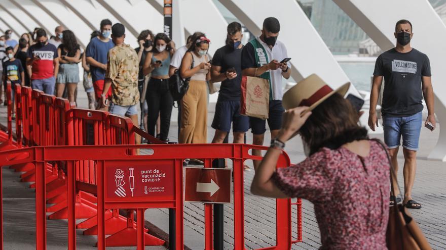 La Comunitat Valenciana, la segunda con menos incidencia acumulada de coronavirus