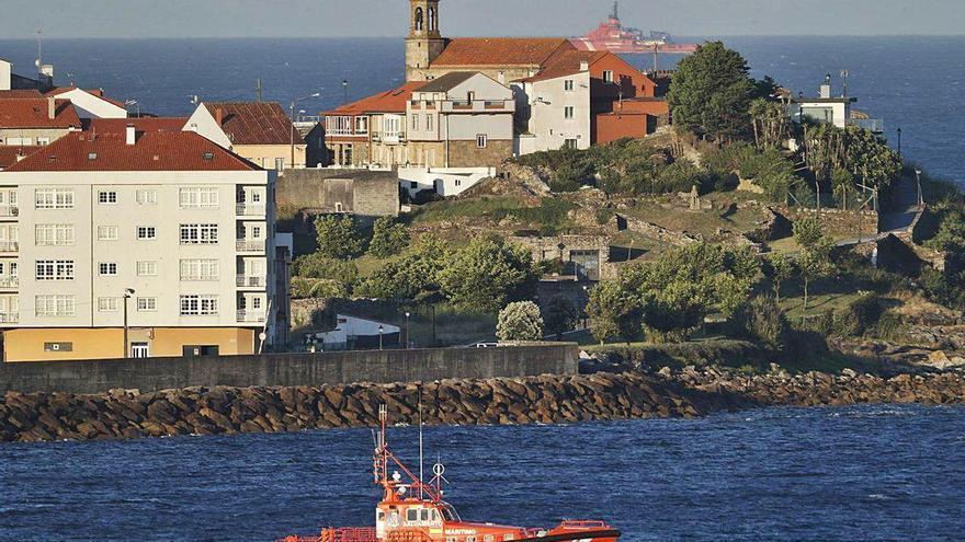 Salvamento continúa la búsqueda de dos jóvenes desaparecidos en Porto do Son