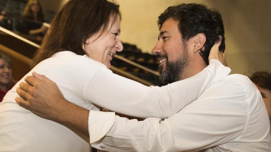 """Gómez-Reino cree que la decisión de Bescansa es """"políticamente madura"""""""