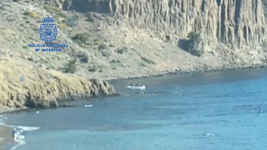 Cae una red dedicada al tráfico ilegal de personas asentada en Almería, Alicante y Murcia