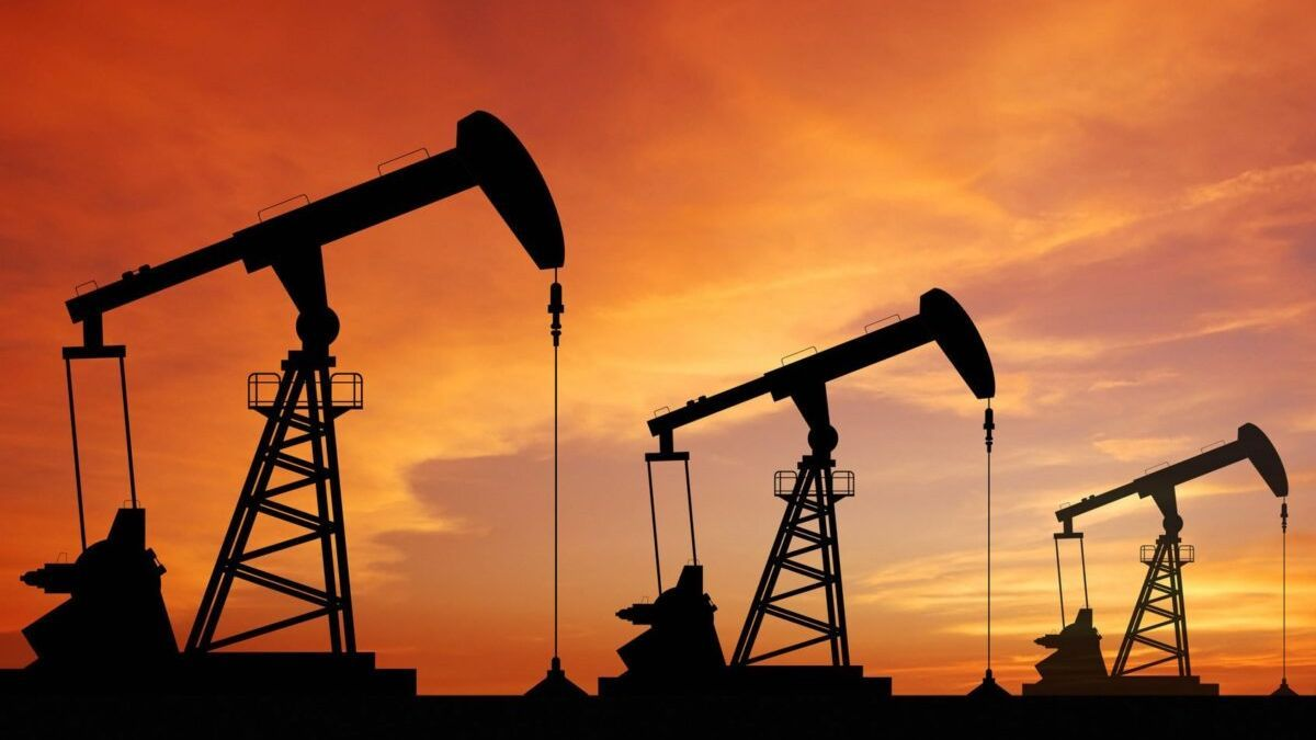 El mundo debe abandonar gas, petróleo y carbón en 2050 para salvar el clima