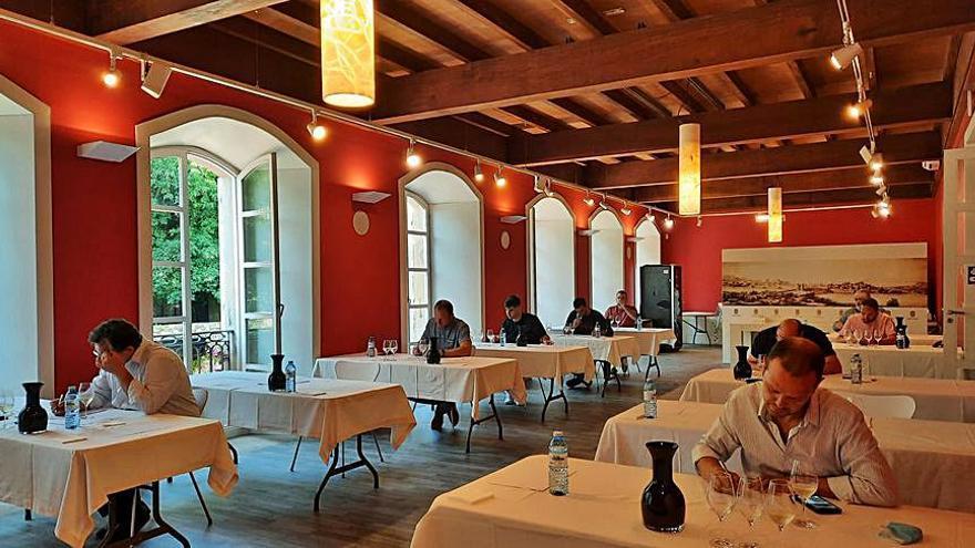 Un centenar de vinos en la cata anual de la Asociación de Sumilleres de Galicia