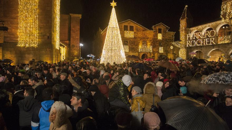 El Tribunal Supremo rechaza la denuncia contra las luces de Navidad de Puebla de Sanabria