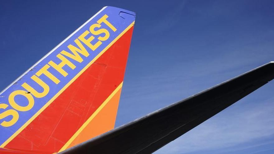 Un Boeing 737 Max 8 sin pasajeros, obligado a aterrizar de emergencia en EEUU