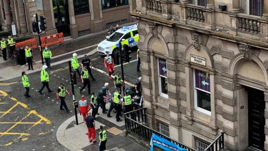 Un muerto y seis heridos en el ataque con cuchillo en un hotel del centro de Glasgow