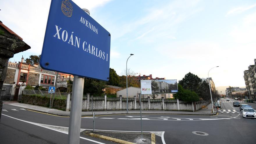 Pontevedra sustituirá la placa de la calle Juan Carlos I por la de Virxinia Pereira en febrero