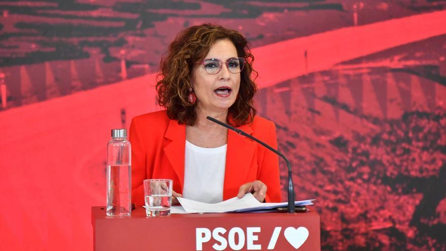 """María Jesús Montero anima a """"combatir la guerra cultural"""" de la derecha con la violencia machista"""