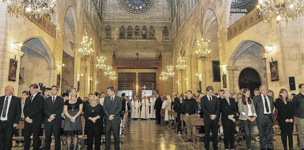 Los Reyes llegan a Manacor para presidir el funeral por las víctimas de la riada