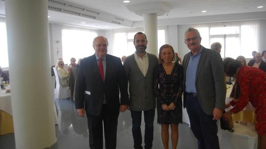 """Trevín destaca en Noreña la labor de """"embajadores"""" de los centros asturianos"""