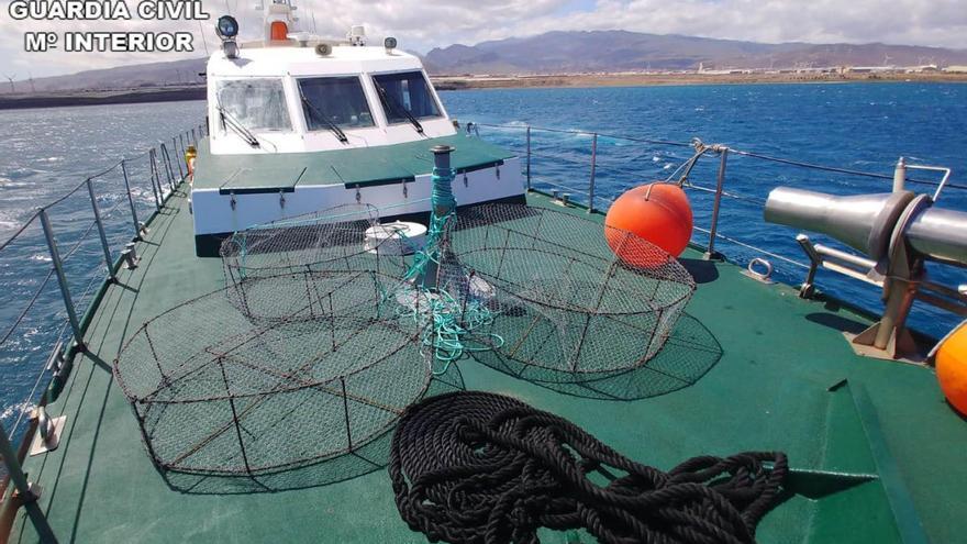 Pesca ilegal en aguas canarias