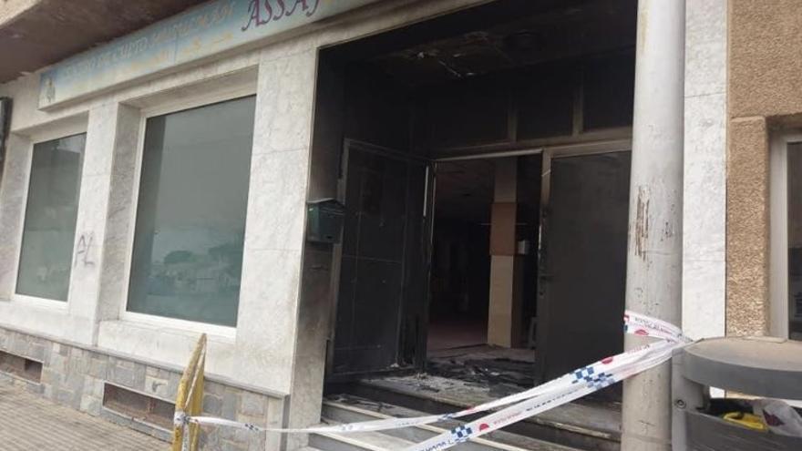 Atacan Una Mezquita En San Javier Donde Habían Pintado Muerte Al Islam La Opinión De Murcia