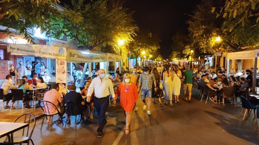 Benicàssim mantendrá peatonal la calle Santo Tomás hasta octubre