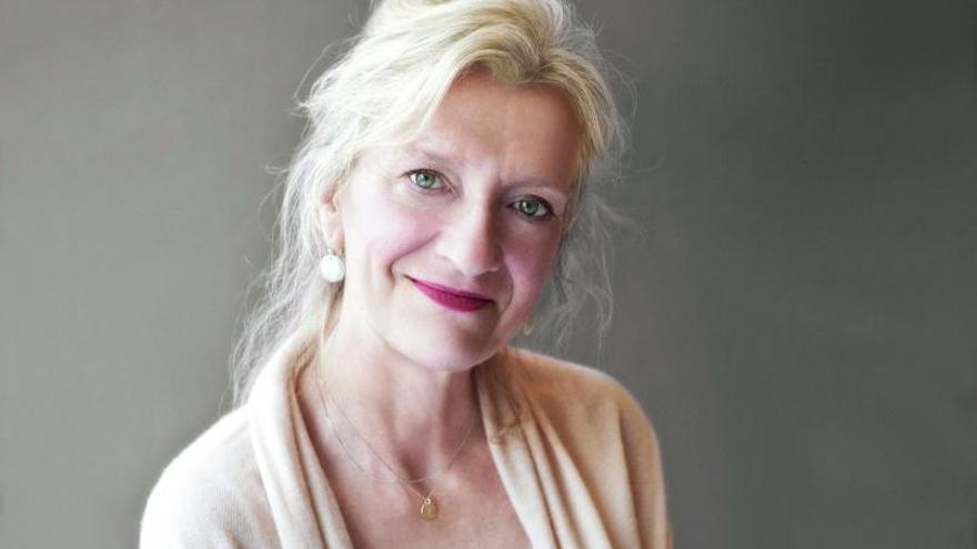 Elizabeth Strout: «La pandemia influirá en la próxima literatura»