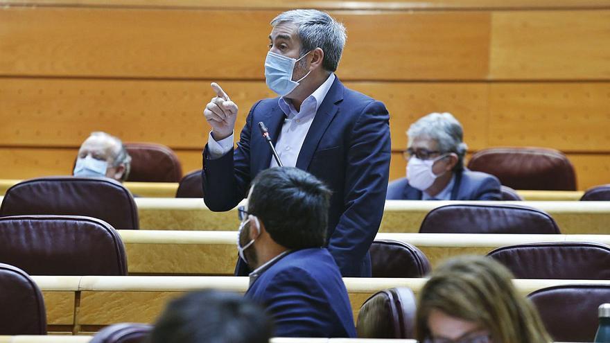"Calvo: ""Trabajamos para que Canarias no sea puerta de entrada ilegal a Europa"""