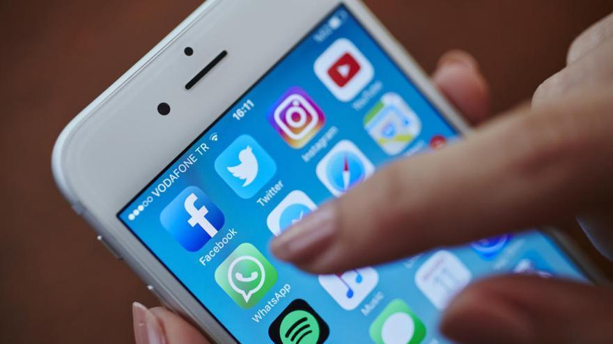 WhatsApp permite ya eliminar los mensajes enviados en un máximo de siete minutos