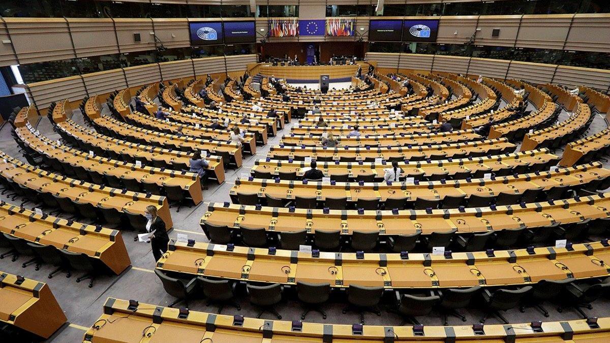 Europarlamentarios españoles instan a la UE a evitar la salida de Nissan de España