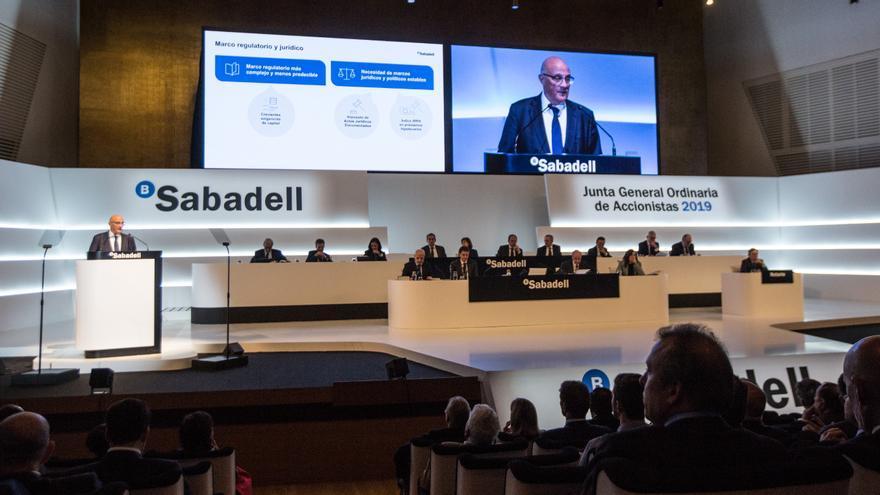 La junta de accionistas del Sabadell regresa al ADDA con un formato híbrido