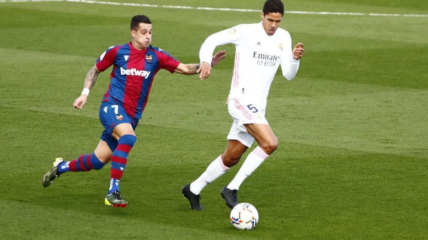 El Real Madrid se aleja de la Liga tras caer ante el Levante