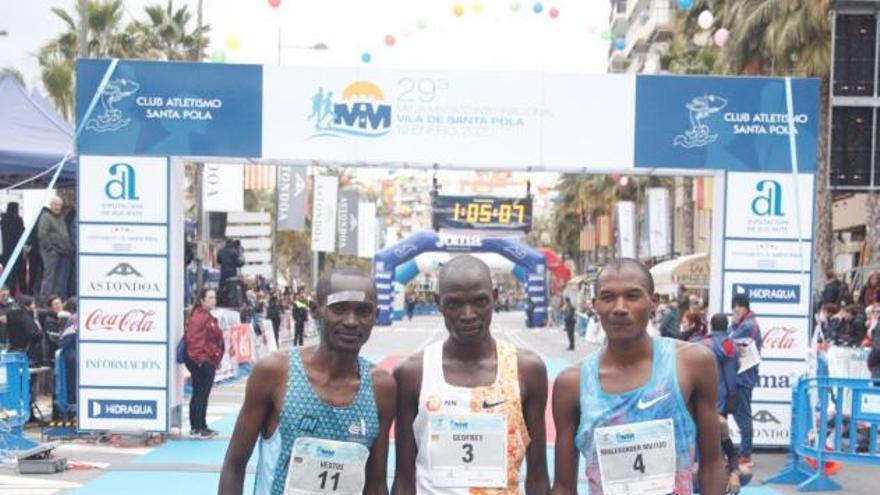 El africano Mutiso bate el récord de la Mitja Marató de Santa Pola