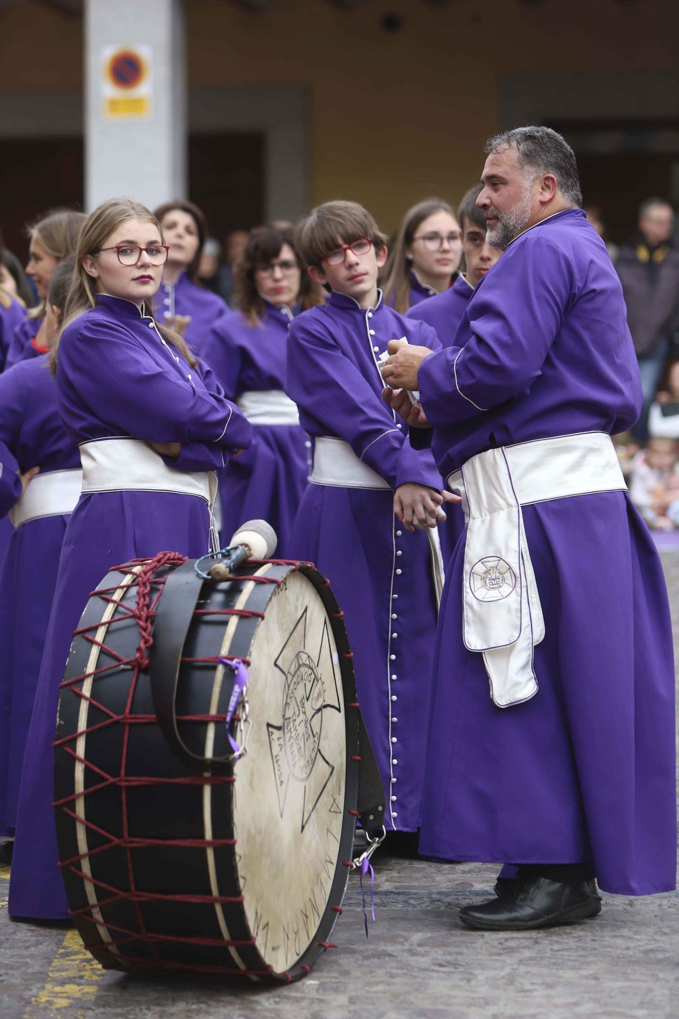 Así fue la última tamborrada de la Semana Santa en Sagunt.