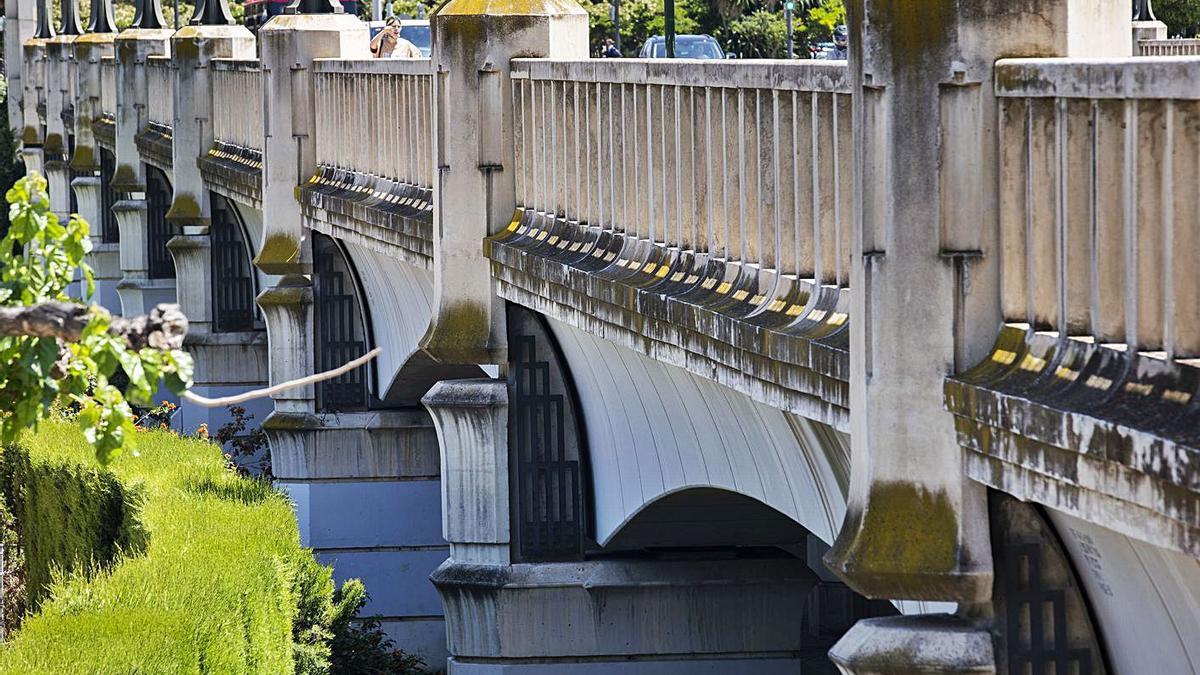 Urbanismo restaurará el muy  deteriorado Puente de las Gárgolas |  G.CABALLERO