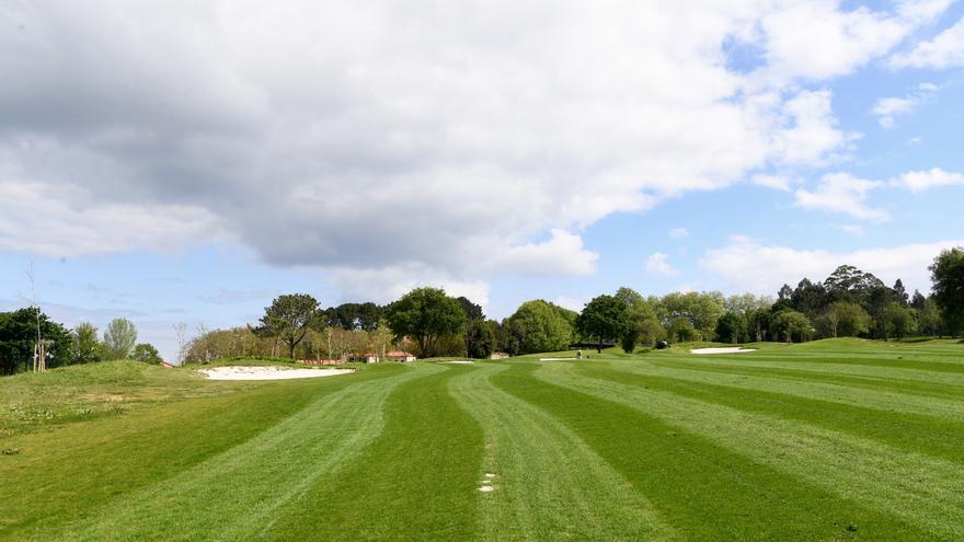 Golf Xaz, primer campo de golf de Galicia que recicla aguas residuales
