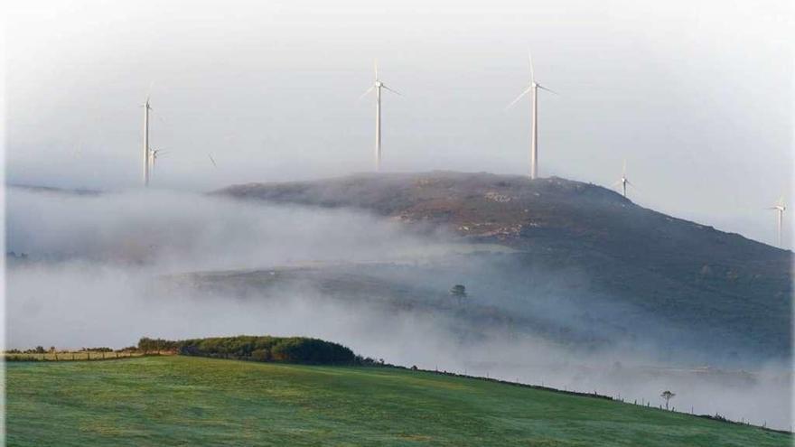 La eólica vuelve a soplar en Galicia