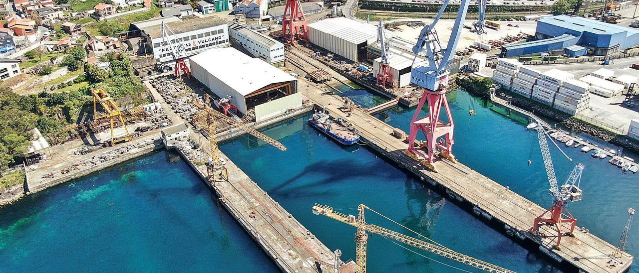 Vista aérea de las instalaciones de la antigua Vulcano, ayer, con la concesión que se le acaba de retirar. |   // FDV