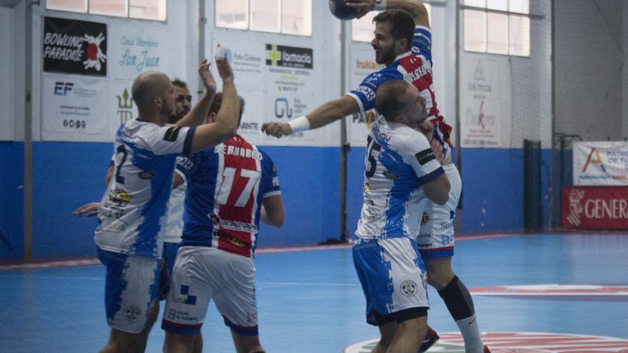 Agustinos busca este domingo (12.30) su cuarta victoria en el derbi ante el Elche