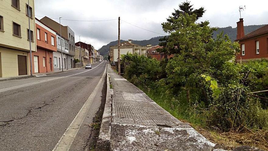 La Xunta adjudica las obras para un tramo de acera en la avenida da Barca