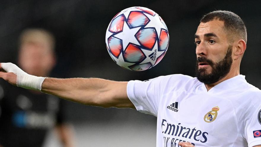 "Pillan a Benzema criticando a Vinicius: ""Juega fatal. Juega en nuestra contra"""