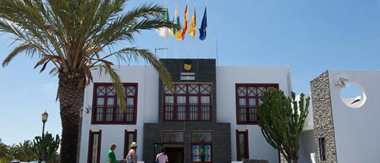 El Consistorio de La Oliva.