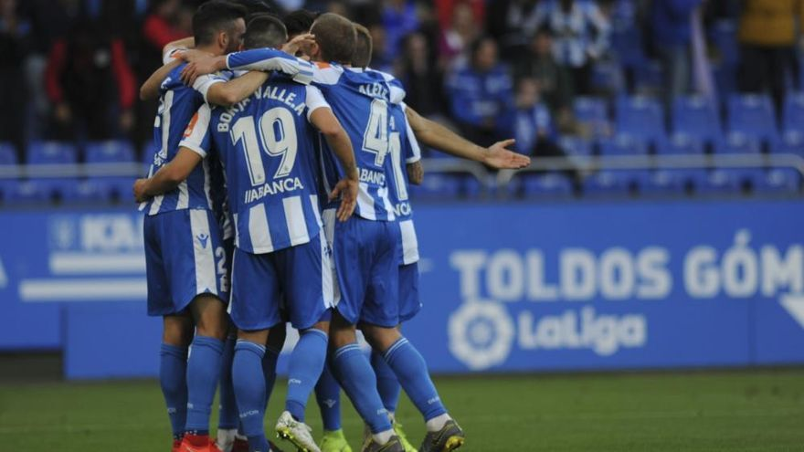 El Dépor remonta y le gana 4-2 al Málaga