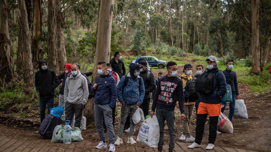 La Laguna pide que se investigue si hay menores en Las Raíces