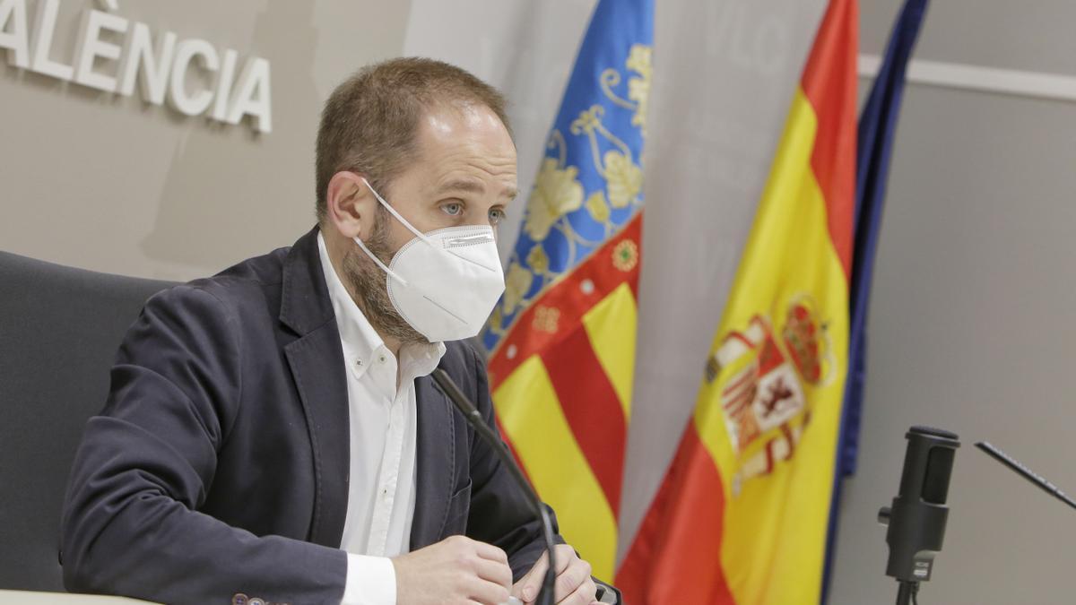 El concejal de Protección Ciudadana y de Bomberos Aarón Cano ha advertido del aumento de los intentos de suicidios.