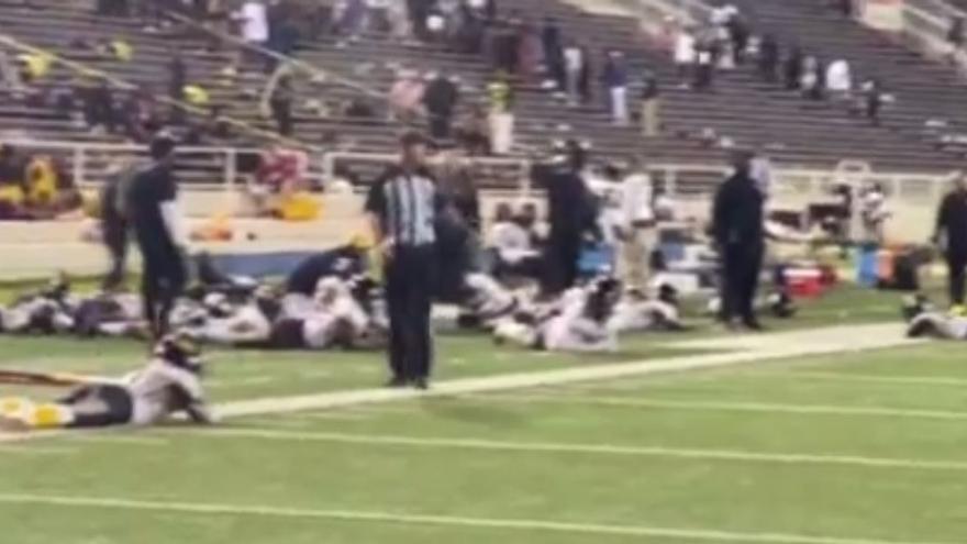 Pánico en Alabama por un tiroteo en un partido de fútbol americano