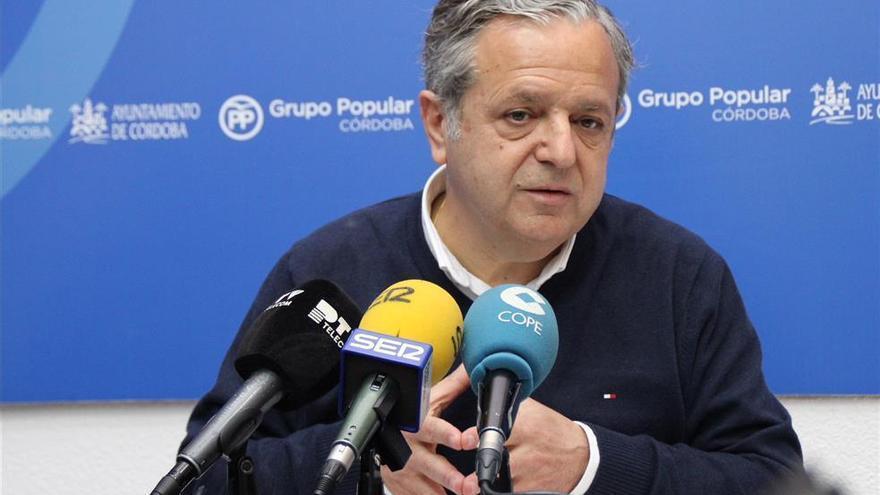 """El PP pide a la alcaldesa """"menos fotos"""" en parcelaciones y que agilice trámites para dar servicios"""