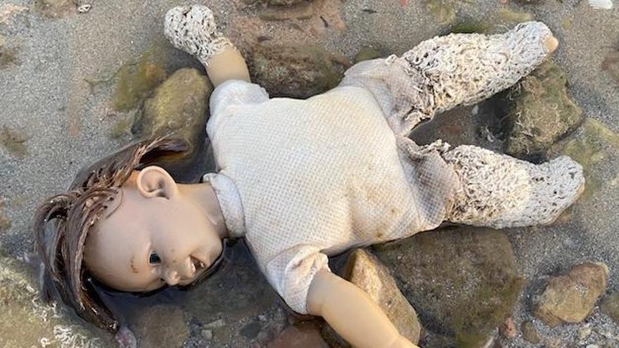 La «muñeca diabólica», a Santa Pola