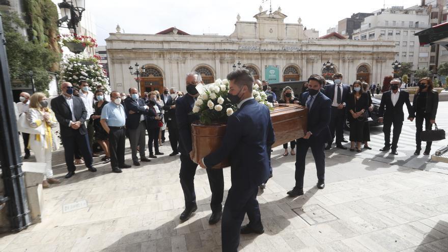 Castellón rinde su último homenaje a Joaquín Farnós