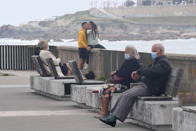 A Coruña amanece limpia tras una noche de San Juan