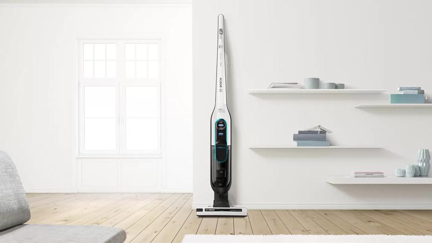 Ahorra 140€ y limpia sin esfuerzo con este aspirador sin cables de Bosch