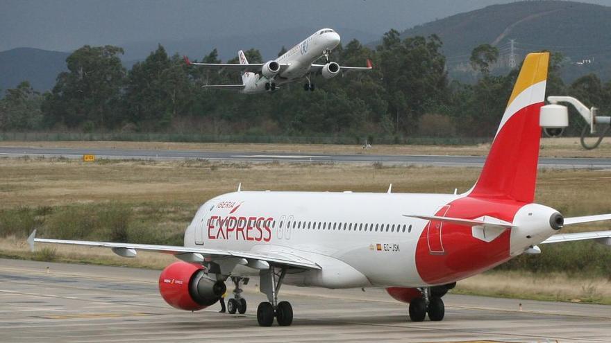 Iberia Express lanza una oferta con billetes a cinco euros