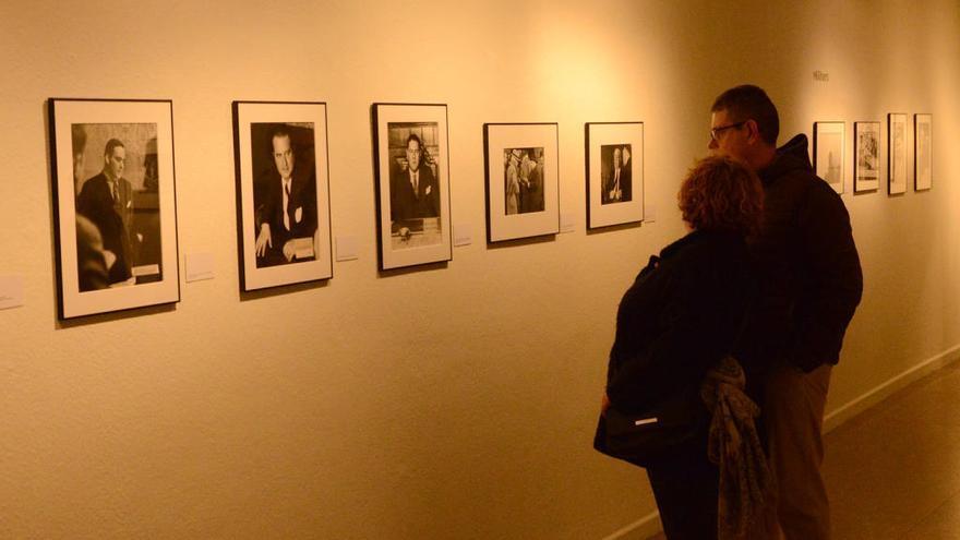 Proposen una visita comentada a l'exposició 'Agustí Centelles. Retrats de Guerra'