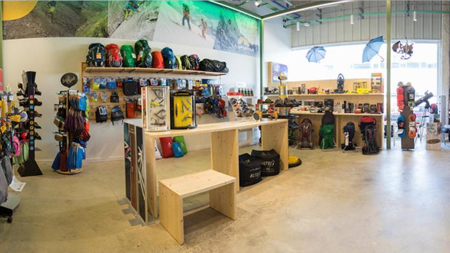 Group Mania Online obre a Girona la primera botiga física